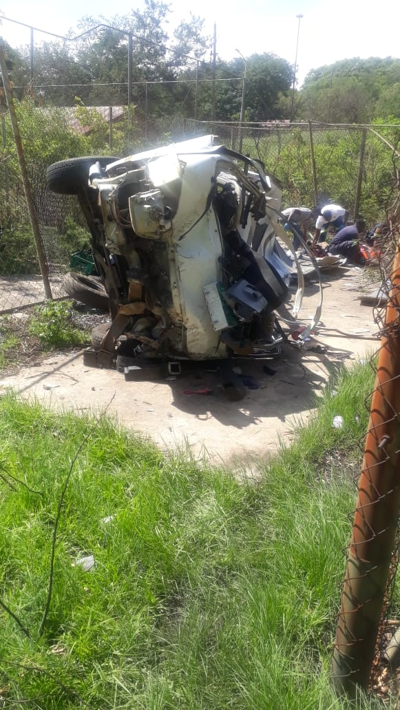 Taxi rollover leaves nineteen injured in Wedela